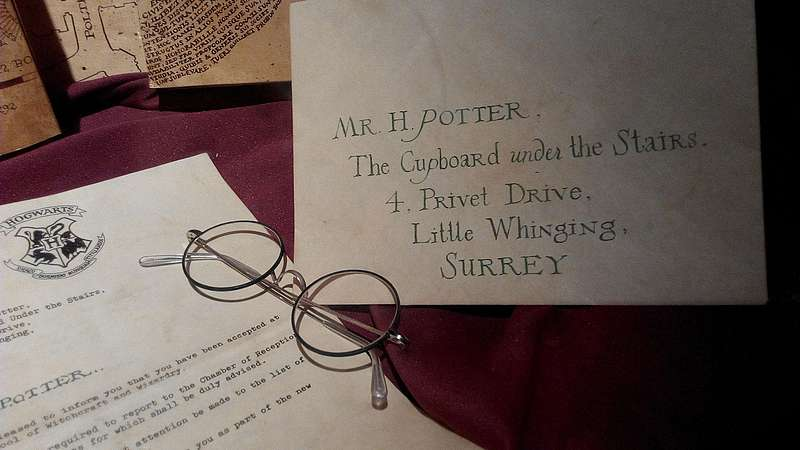 An Harry Potter adressierter Brief