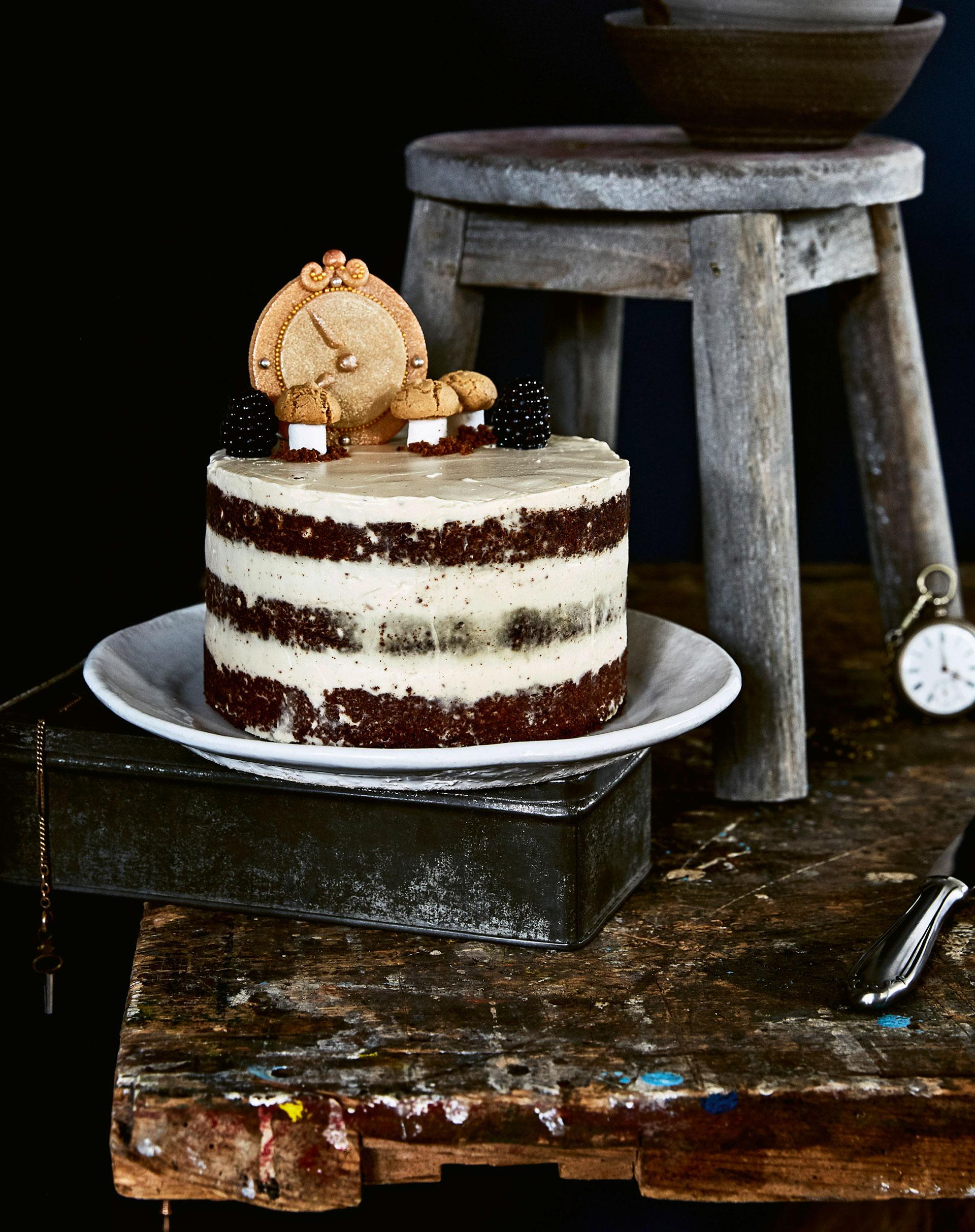 Naked-Cake-Brownie mit Chai-Latte-Cremefüllung