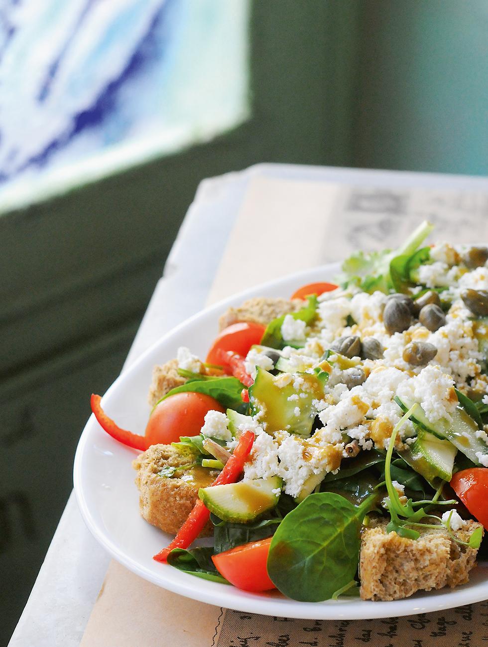 Kretischer Salat mit Spinat - Kritiki salata me spanaki