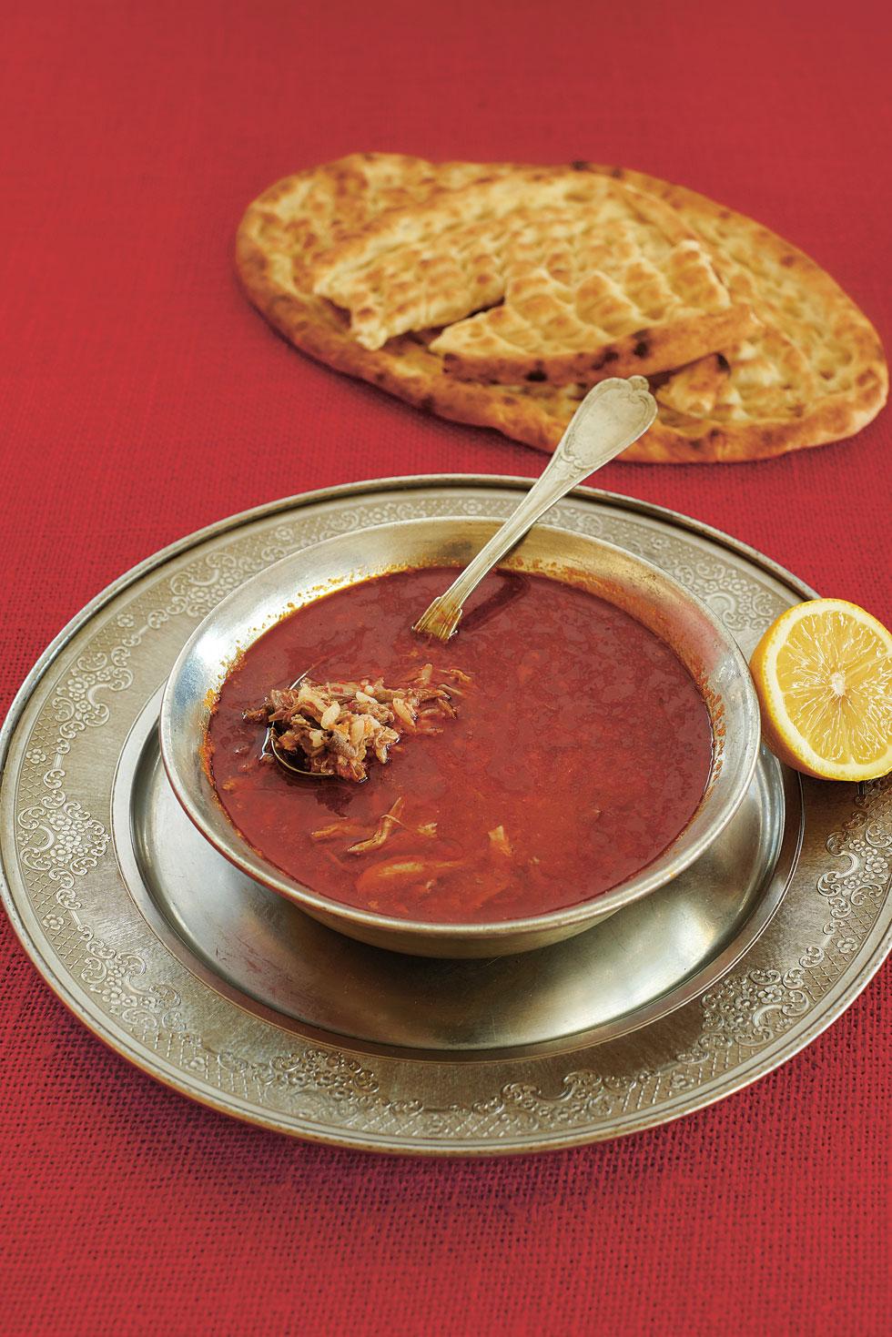 Suppe mit Lammfleisch und Reis